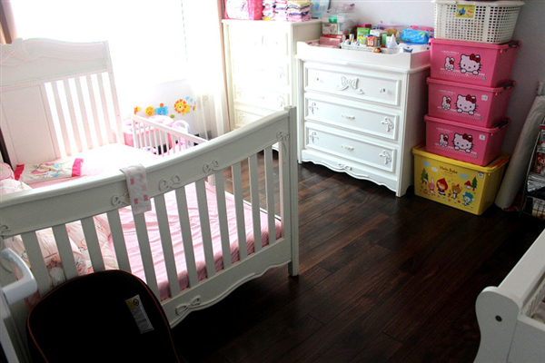 Sàn gỗ chiu liu 18 x 120 x 900 mm