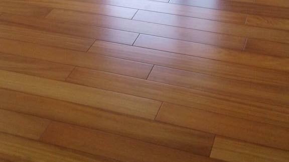 Sàn gỗ Gõ đỏ (15 x 90 x 600)