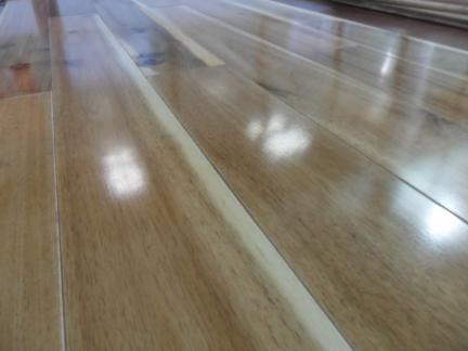 sàn gỗ keo tràm tự nhiên giá rẻ tại hà nội