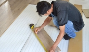 Lắp đặt sàn gỗ tại quận Long Biên1