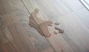 ngăn chặn khe hở trên sàn gỗ