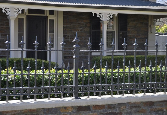 hàng rào sắt đúc