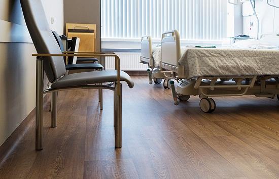 sàn gỗ bệnh viện